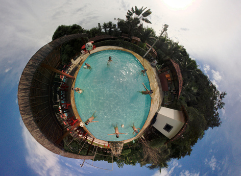 Little Planet do Bruno na Piscina