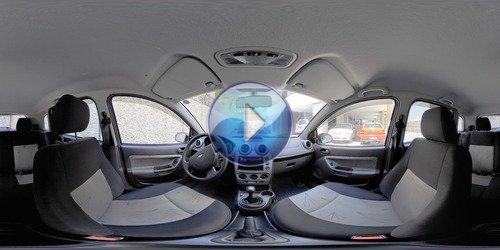 Dentro do Fiesta em 360°
