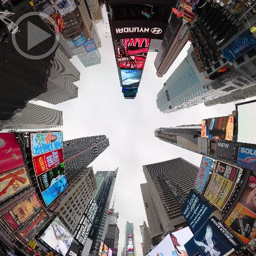 Arranhacéus na Times Square em 360x180°