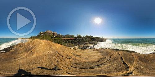 Sobre a pedra no Forte de Copacabana em 360°