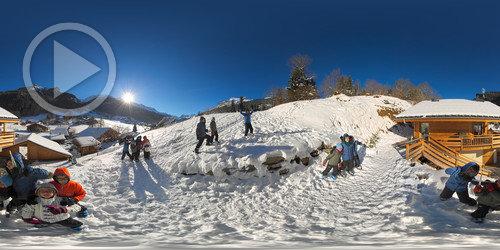 Brincando na neve em Saint Gervais Les Bains em 360°